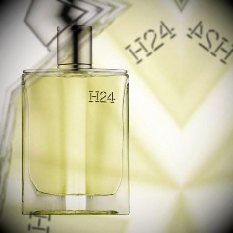 Обзор Hermes H24 от парфюмерного критика Persolaise, удостоенного наград