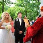 церемонія весілля в середньовічному стилі