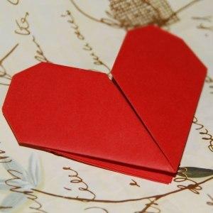 Валентинка орігамі