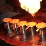 палаюча кава на вогні
