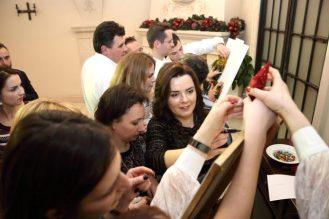 (Українська) Конкурси на новорічній вечірці