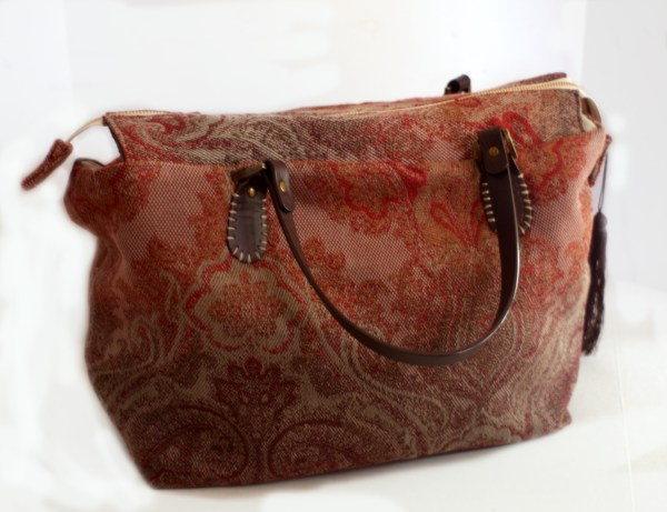 Red Vintage Style Carpet Purse