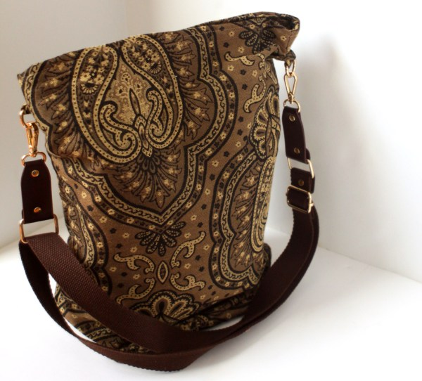 crossbody tapestry carpet bag