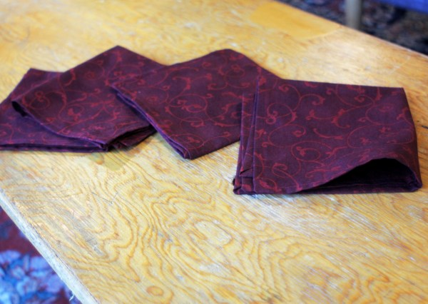 Wine Floral Holiday Cloth Napkins