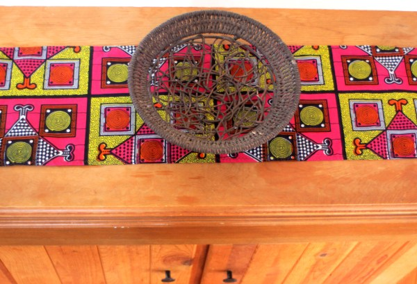Table Runner in Pink
