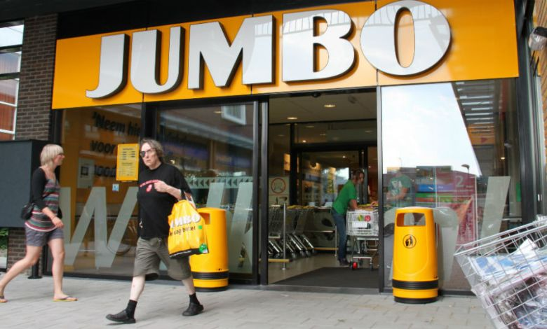Photo of Jumbo customers support Food Bank | Marketing Stand Food and Retail