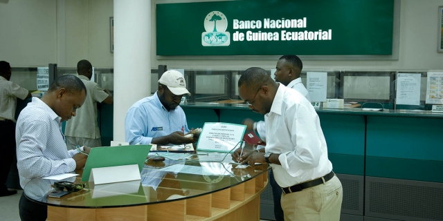 Photo of Equatorial Guinea: National Bank opens business center in Malabo