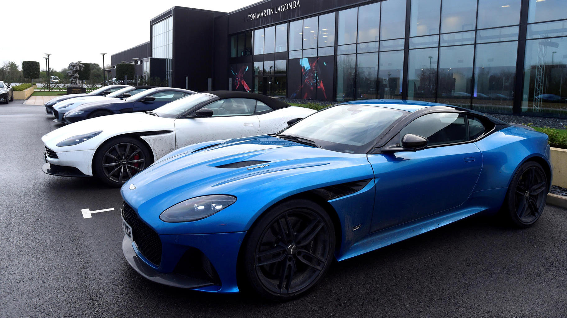Mercedes Benz Wants To Save The Luxury Brand Aston Martin Share Sharply Increased Personal Financial