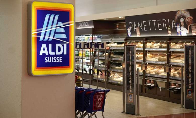 Photo of Discounter increases minimum wage to almost 4,000 euros