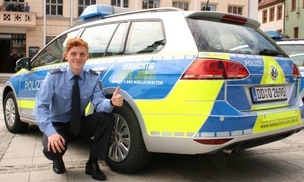 Verdächtig gute Jobs - natürlich auch auf den Einsatzfahrzeugen der Polizei Sachsen