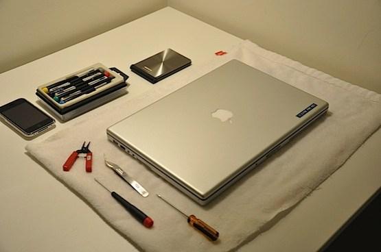 如何拆解Mac並更換500G大硬碟 | mmmmmmmmmmmmm