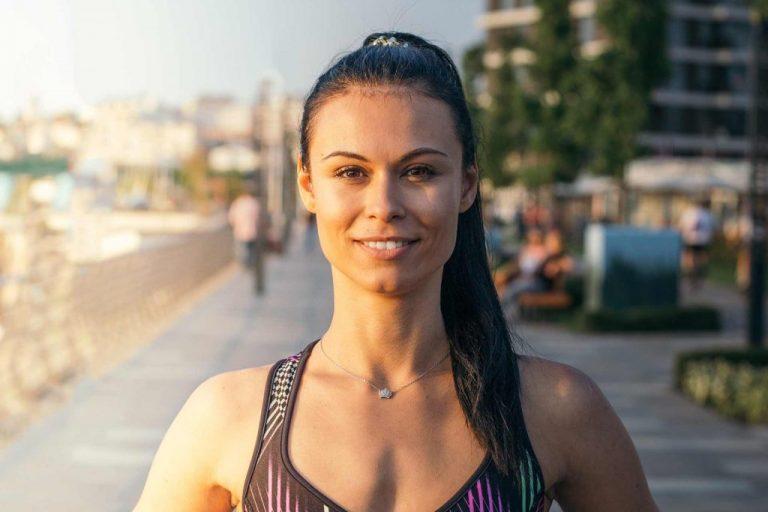 Personal Trainer Dubai Female Coach Tea