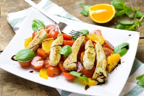 Bloemkoolrijst salade met kip en appel
