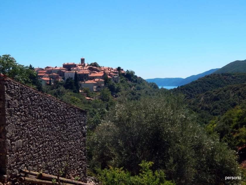 Il borgo di Beli (foto di Persorsi, 2016)