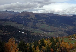 The alpine landscape surrounding Kropfenstein cave castle. Photo: Per Storemyr