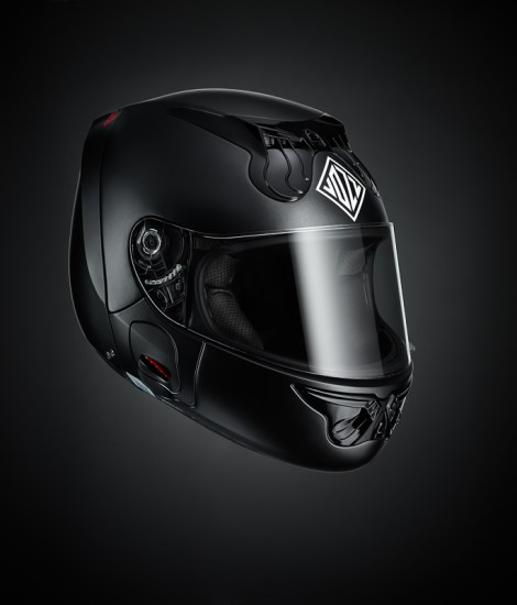 Gallery Foto Helm VOZZ_MattBlack_mood_side-angle