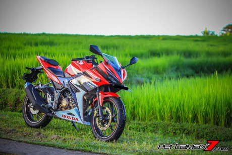 All New Honda CBR150R 2016 Warna Merah Racing Red 19 Pertamax7.com