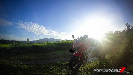 All New Honda CBR150R 2016 Warna Merah Racing Red 78 Pertamax7.com