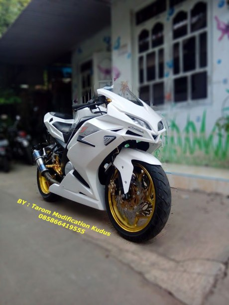 Modif Vixion Ala CBR250RR by Tarom Modification Kudus