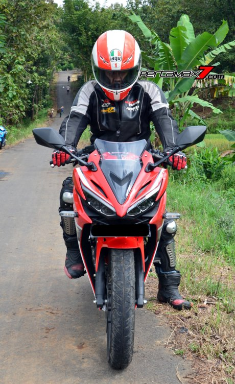 naik All new Honda CBR150R 2016 Pertamax7.com 1