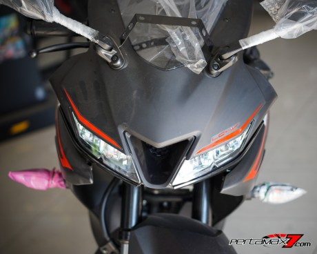 Headlamp Yamaha All new R15 V3.0