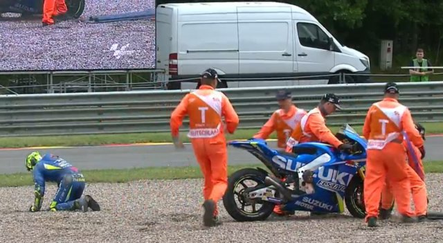 Andrea Iannone Crash MotoGP Jerman 2017