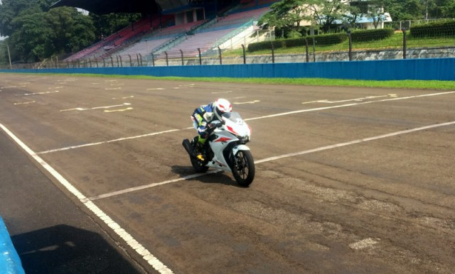 High Speed Suzuki GSX-R150