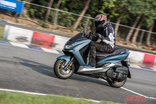 test Yamaha SMAX 155 ABS LED Taiwan 16 P7