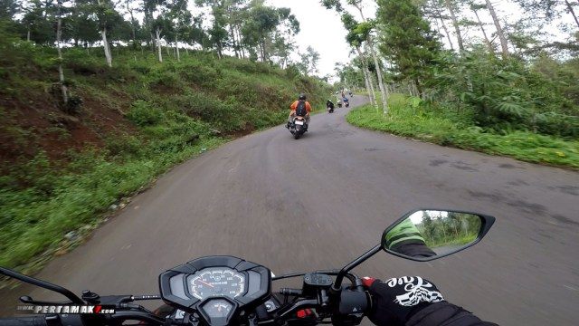 Riding Yamaha All New X-Ride 125 Rider Camp di Air Terjun Irenggolo Kediri 4 p7