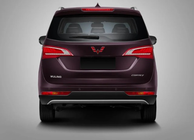 Back Side Wuling Cortez Indonesia p7