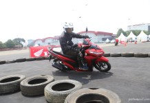 Testride Honda All new Vario 150 merah