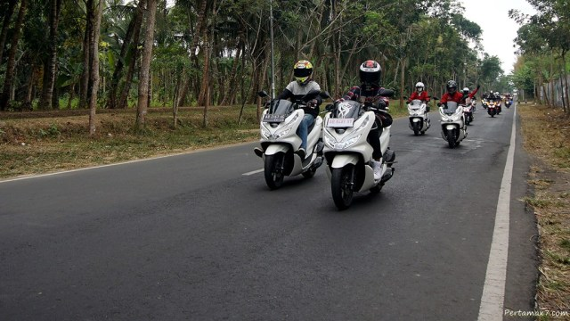 Honda PCX Luxurious Touring Ketep Pass 001 P7