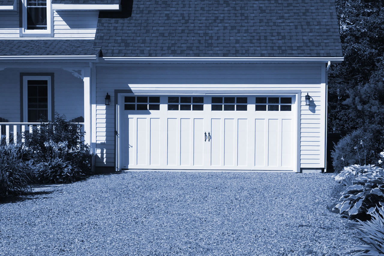Canadian garage doors by Garex