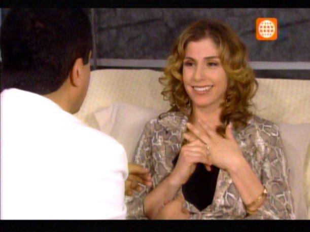 Al Fondo Hay Sitio: Rafaella acepta comprometerse con Pepe (VIDEO)