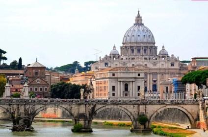 Comparación entre la Cúpula de la Basílica de Roma y Pomallucay