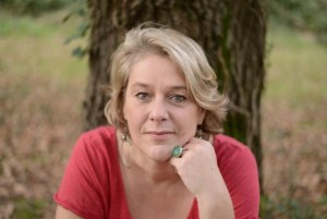 Geneviève Schmit, experte dans l'aide aux victimes de manipulateurs ou manipulatrices perverses et narcissiques