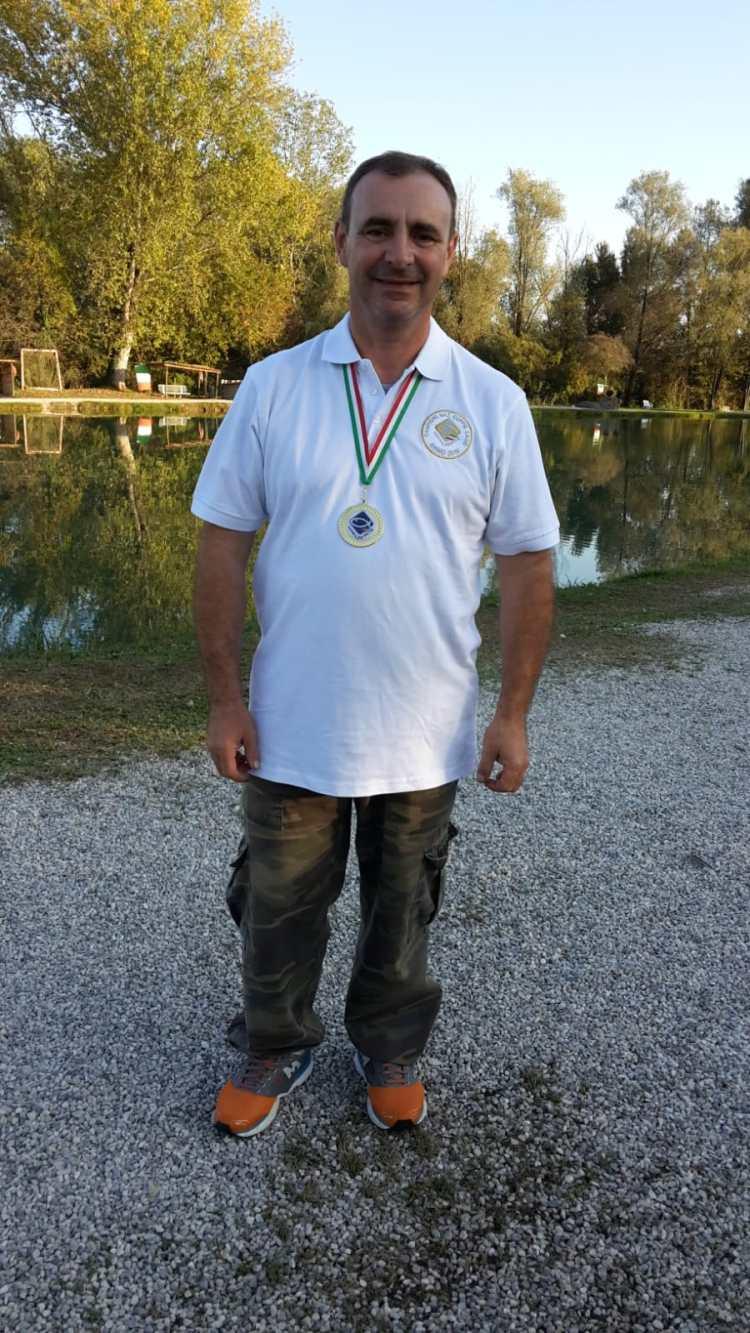 Titolo di campione d'Italia 2019 di pesca in lago a coppie