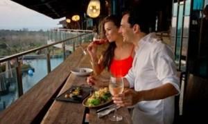 tips memilih tempat makan di daerah wisata
