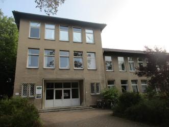 Der Haupteingang der Pestalozzischule