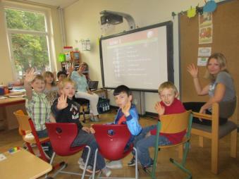 Ein Klassenraum mit Activeboard