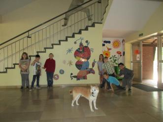 Das Foyer (mit Schulhund Ensho)