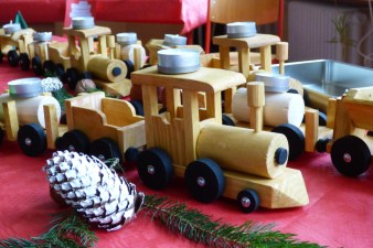 0015 Holzbahn