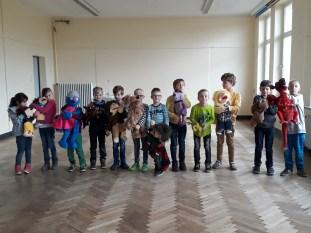 die Puppenspieler nach der Aufführung