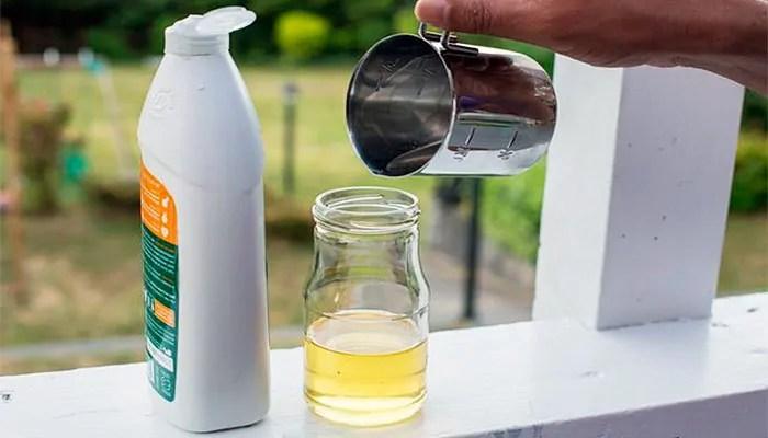 DIY mole repellent