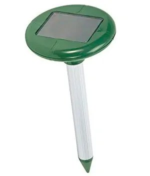 Solar powered repellent tool