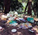 放置されたゴミ