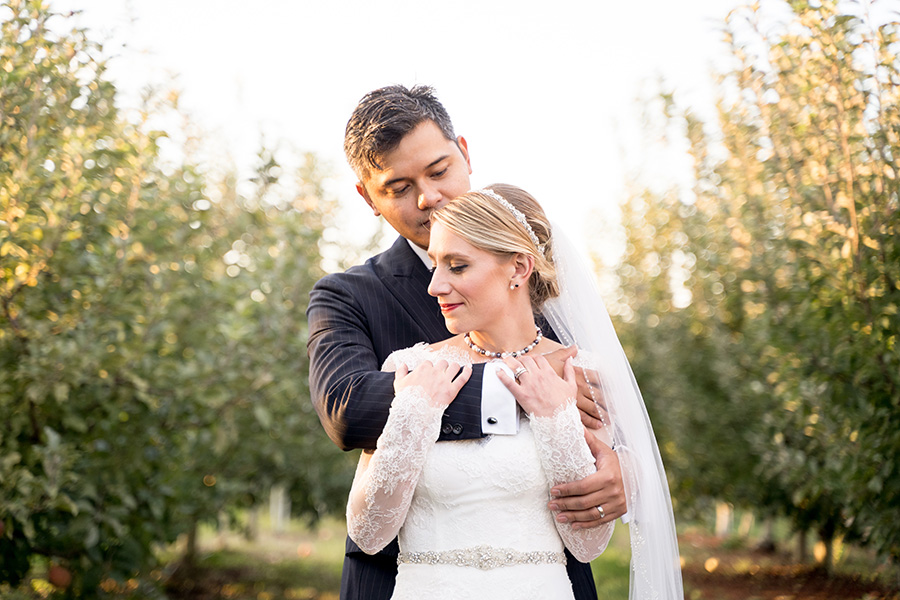 apple farm wedding at Hill creek
