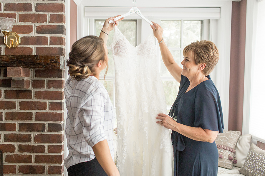 bride and her mom in the bridal suite at Eagle Manor