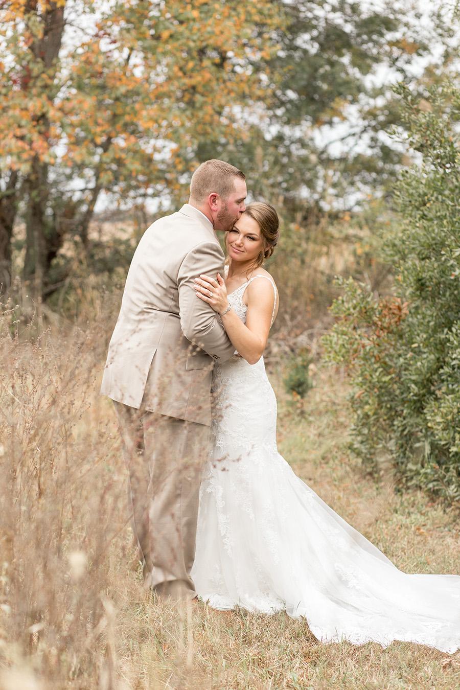 romantic autumn wedding portraits