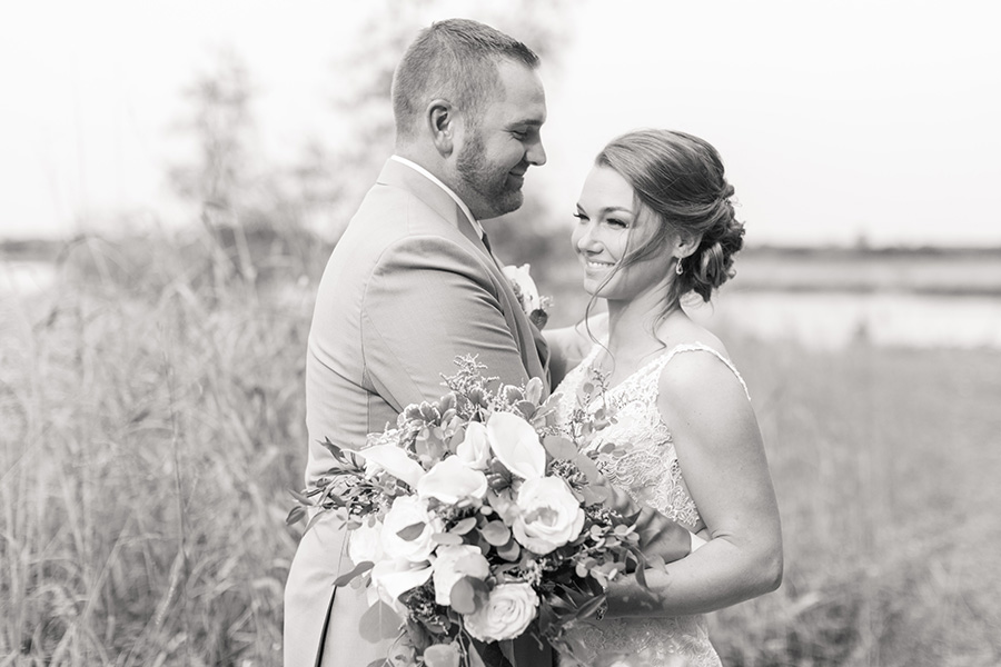 Wedding day portraits of the bride and groom at Eagle Manor